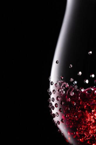 Rotweinglas von Riedel® mit exklusiven Swarovski® Kristallen veredelt