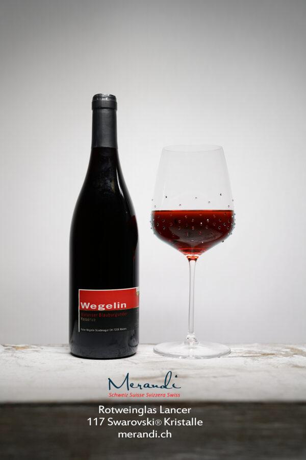 Rotweinglas Lancer, Merandi Schweiz, 117 Swarovski® Kristalle, Pinot Noir Wegelin