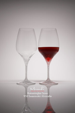 Red wine glass Sonir, Merandi Switzerland, 910 Swarovski® crystals